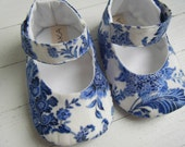 Blue And White Floral Mary Jane Shoe For Your Baby Girl Bobka Shoes by BobkaBaby