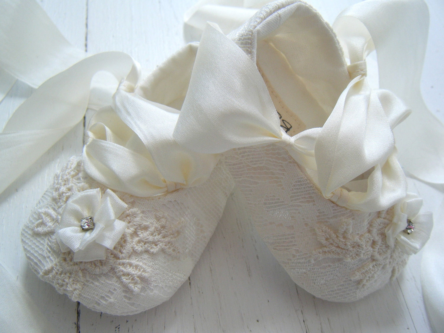 Find great deals on eBay for ivory shoes infant. Shop with confidence.