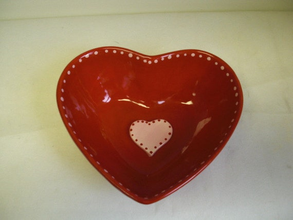Valentine's Day - Deep Heart Ceramic Candy Bowl in Red and Pink