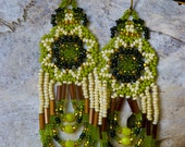 Green and gold seed bead earrings - Huichol design