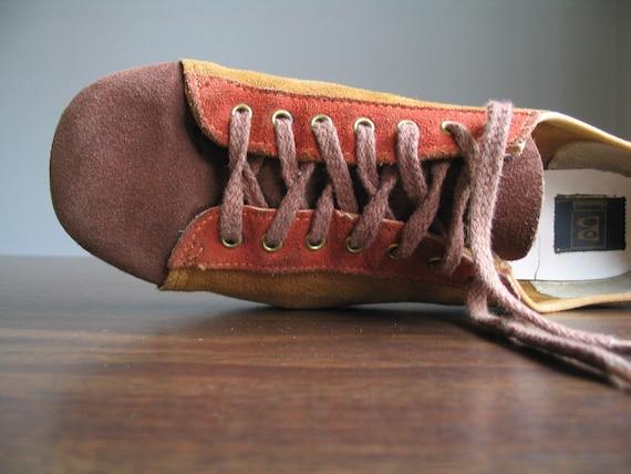 vintage 1970's old school bowling shoe