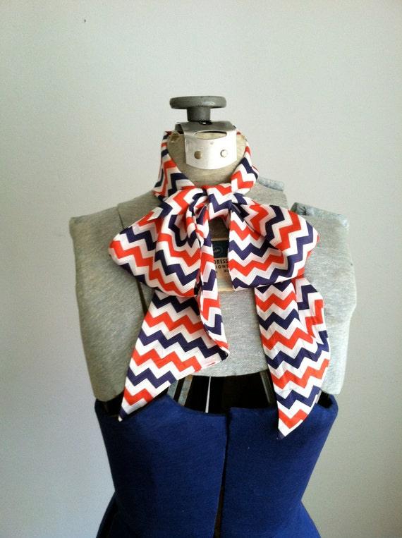 sale 1970's RED WHITE BLUE/ zigzag pattern scarf.
