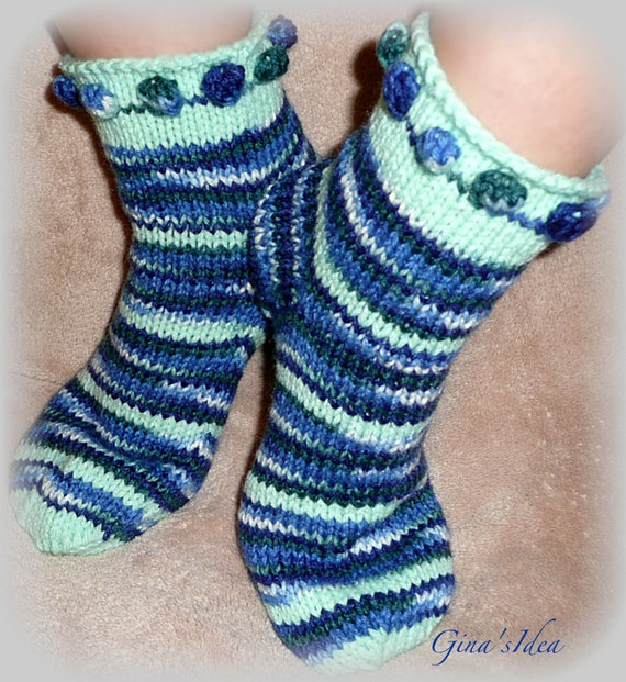 Handmade  hand knitted WOMENS  SOCKS   Size  MEDIUM  7- 7.5 -  8  Blue variegated and Green spripes