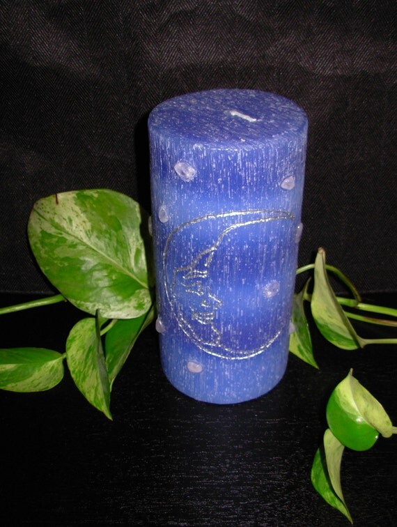 "3""x6"" Moon Candle (Hand Carved) with Rose Quartz Stars"