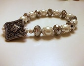 Bracelet - Handmade silver faceted glass beads and glass pearls