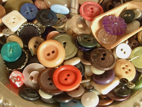 Vintage ASSORTED COLORS Sewing Buttons Lot of 50