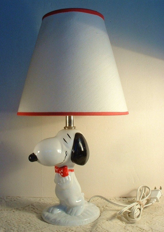 Reserved Vintage Snoopy Lamp With Original Shade