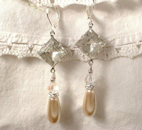 Vintage Art Deco Champagne Pearl & Crystal Silver Bridal Dangle Earrings