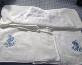 Bubbly Whale Hooded Towel