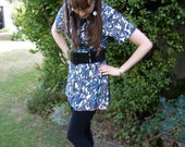 Blue and White Paisley 1970s Psychedelic Tunic Top