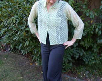 Handmade 1950s Vintage Loose Fitting Green Blouse