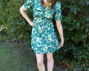 Green 1960's Leaf Print Minidress