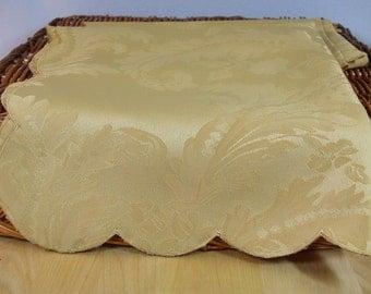 Vintage Damask Linen Gold Dinner Napkins Set of 4-Gorgeous