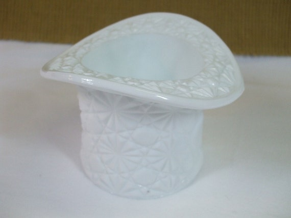 Vintage Fenton Milk Glass Top Hat Match Holder from the 1950's