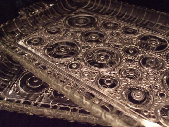 Vintage Glass Circles Snack Trays with four clear glass mugs