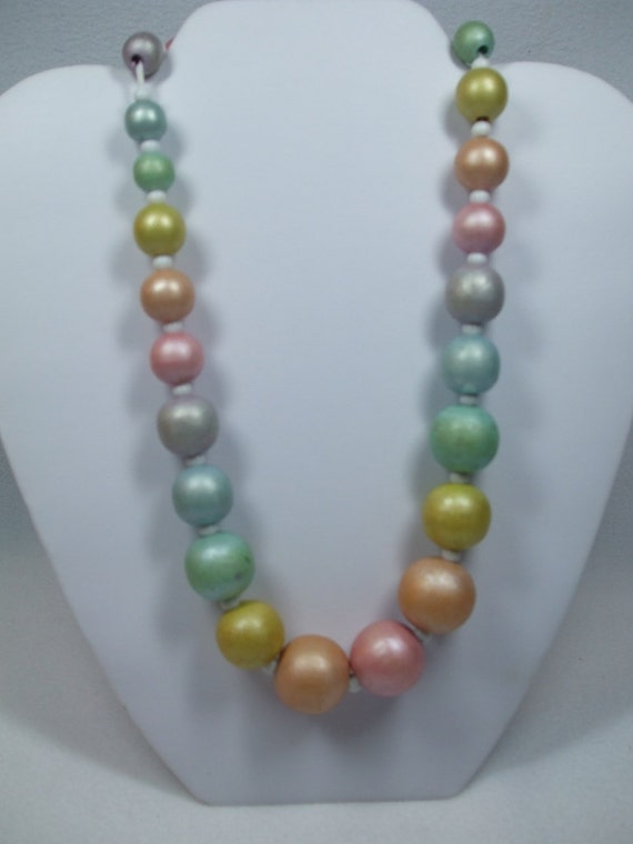 Vintage Bead Necklace Large Wood Pastel Colored Beads.