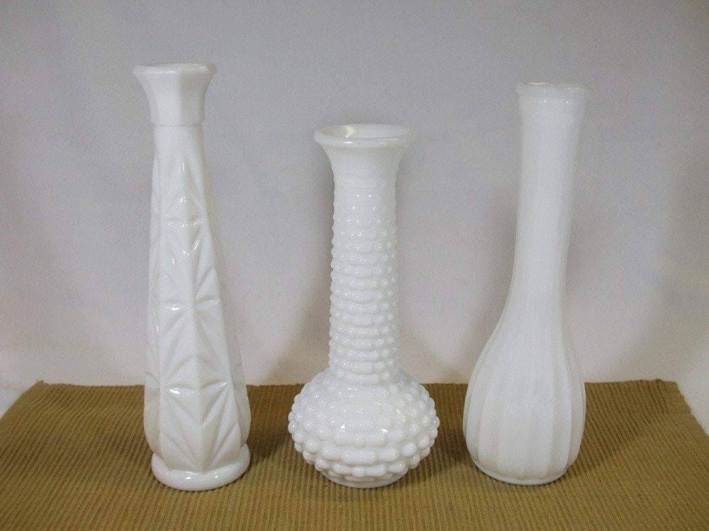 vintage milk glass bud vase collection set of 3. Black Bedroom Furniture Sets. Home Design Ideas