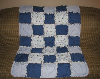 SAVE 30% SALE - Little Cars and Trucks Toddler sized Rag Quilt - Ready to Ship