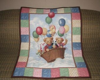 SAVE 30% SALE - Animal Friends and Balloons - Traditional Style Toddler Quilt - Ready to Ship