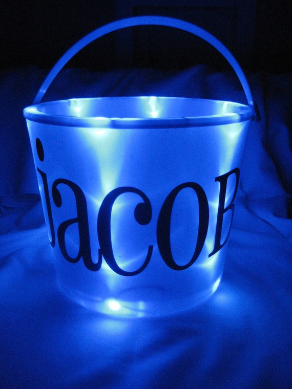Halloween Light Up Bucket (BLUE)
