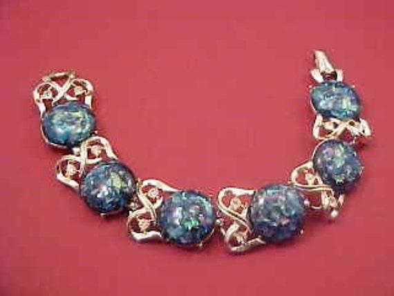 Vintage Designer CORO Lucite Confetti Link Bracelet
