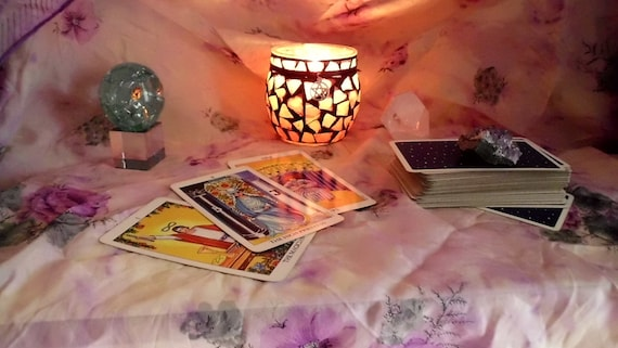 Tarot Reading/ Pay it Forward/Tailored Free Form  One Question Reading