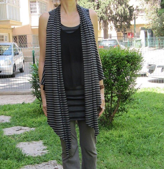 Multi purpose vest - Grey and Black stripes