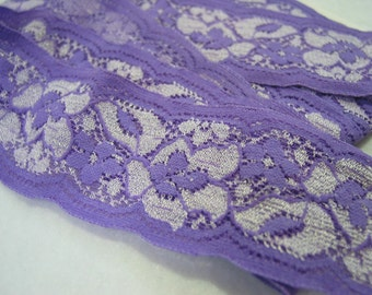 1.75' wide, 2 yds Lilac stretch lace