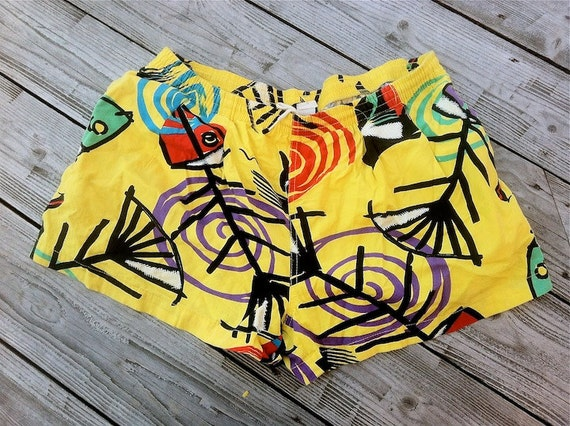 SALE 90s Unisex Abstract Yellow shorts M/L