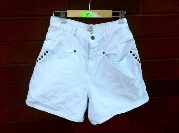90s Sasson White High Waist Jean Shorts 9/10