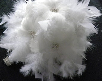 SmallWhite feather bridal/bridesmaid bouquet