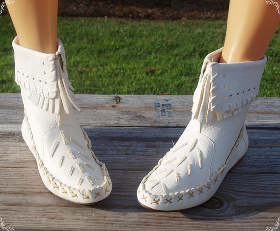 white leather moccasin ankle boots 7 5 by aphroditeeternal