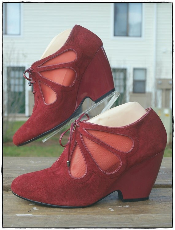 Vintage 90s Red Butterfly Lace Up Wedge 9.5