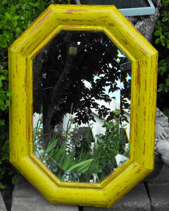 Mirror Distressed Yellow Green