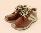 RESERVED - Brown and tan boots, sneakers, trainers, Predictions, size 8.5US - Vintage clothing by KitschWear on Etsy.