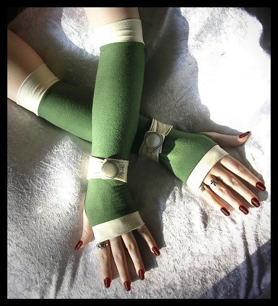 Sairina's Song Long Spat Style Arm Warmers in Olive Green with Warm Cream Wrist Strap and Big Vintage Silver Button for Lolita, Steampunk, Sweet, Chic, Gothic, Boho, Unique Styles