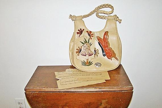 vegan . mushroom purse . hippie boho . vtg 70s . purse handbag . at montanasnowvintage