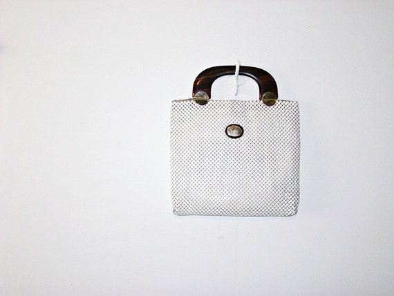 whiting and davis handbag  . mesh purse . white mesh clutch . at montanasnowvintage