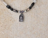The Mona Lisa necklace