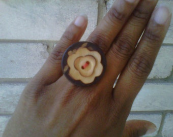 Sexy Soul Flower - a button ring