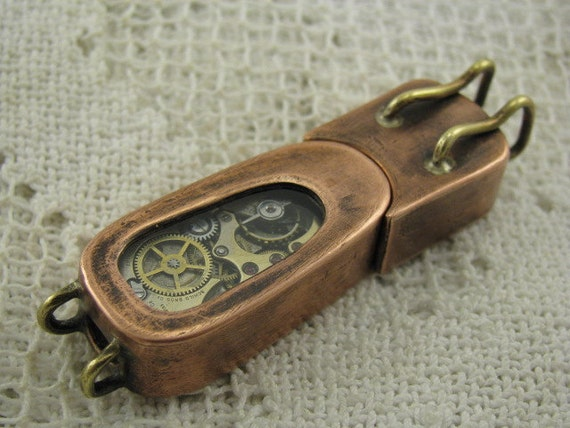 Steampunk USB flash drive with glowing gears and two glass windows. 8 GIG. Copper, brass and glass. Waterproof.