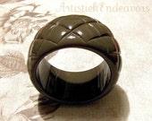 Memorial Day Sale Vintage Chunky Taupe High Fashion Bangle Bracelet NICE