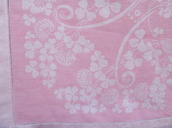 Vintage Pink Linen Tablecloth & Napkins Shamrock Clover