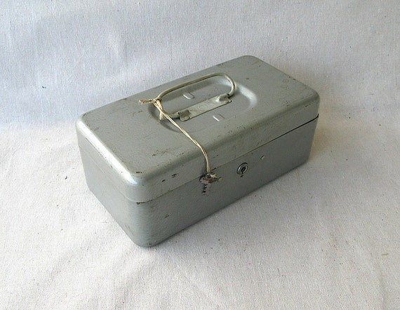 Vintage Metal Cash Box Silver