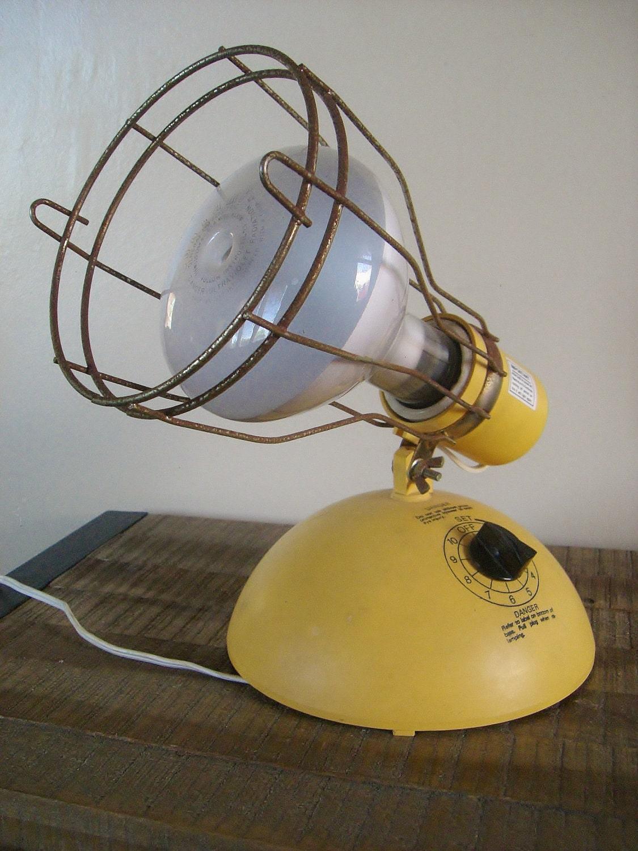 vintage general electric adjustable tan sun tanning lamp light. Black Bedroom Furniture Sets. Home Design Ideas