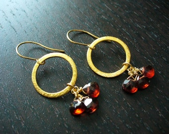 Gold Eternal Earrings with Garnets