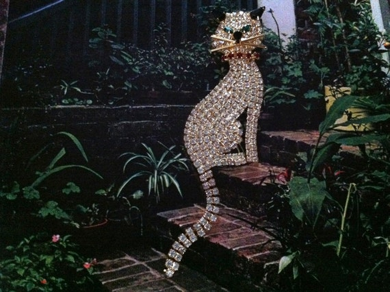 Big Rhinestone Cat with Articulated Tail