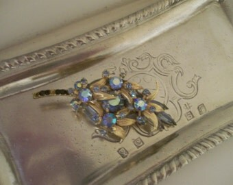 Beautiful Vintage Blue Stones Brooch