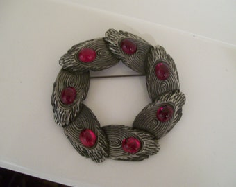 Beautiful Large Silver Wreath Brooch with Red Stones