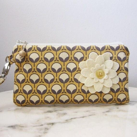 Wristlet zipper purse yellow and gray fabric with felt flower